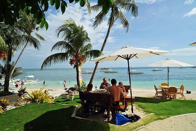 旅游景点 菲律宾 > 阿罗娜海滩   我想去  我去过 位于薄荷岛西南角的
