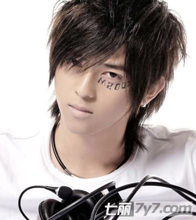 2011年最新男士短发发型设计图片 打造不一样的时尚潮流