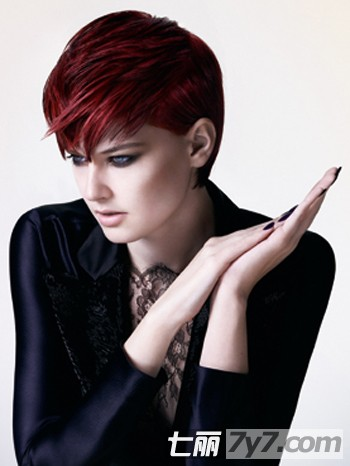 三七分沙宣发型女图片展示图片