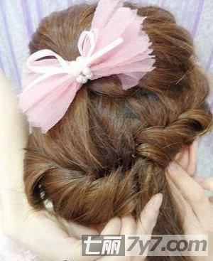 韩式长发编发发型扎法步骤