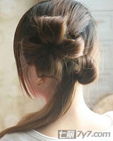 时尚流行长发盘发图解 简单显气质淑女发型 步骤四:如图所示便是