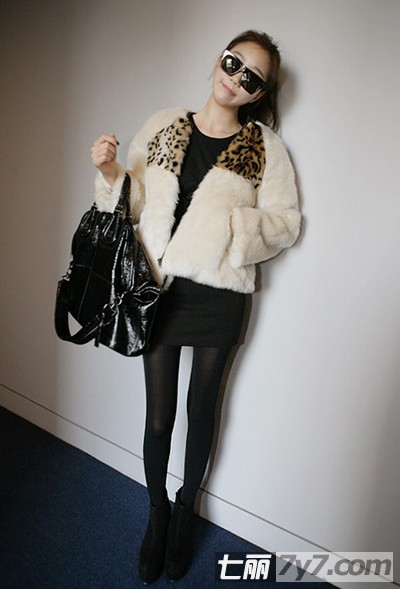 韩国女生冬季流行服饰搭配