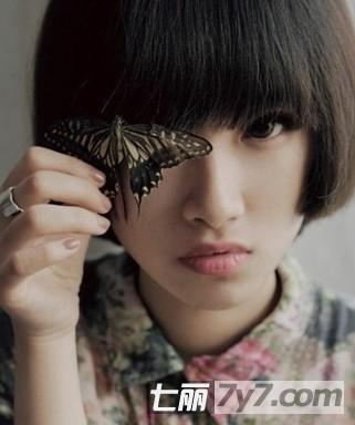 2013年唯美小a女生女生短发编发惹人营造发型舒琪怜爱图片