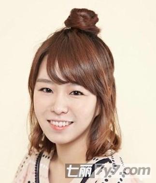 韩国最受欢迎减龄发型 女生短发丸子头盘发