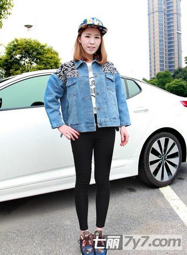 韩版牛仔外套搭配 街头嘻哈风赶潮流