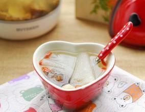 海参瑶柱竹荪瘦肉汤