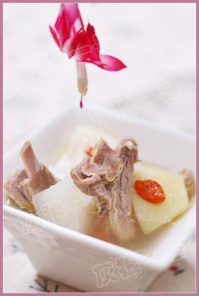 萝卜炖羊排